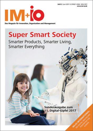 """Cover zur Ausgabe """"Super Smart Society"""" des Magazins IM+io zu Themen der Digitalisierung, Management und Wissenschaft"""