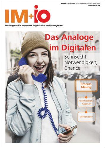 """Cover zur Ausgabe """"Das Analoge im Digitalen"""" des Magazins IM+io zu Themen der Digitalisierung, Management und Wissenschaft"""
